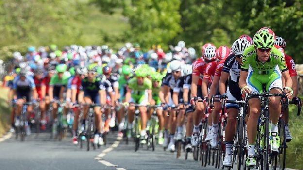 Cyclists in Harrogate